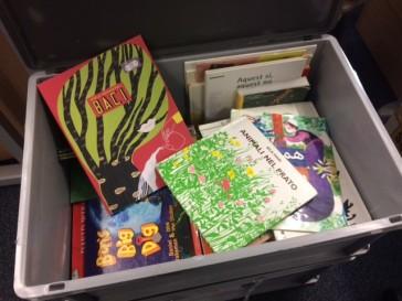 1709 Silent books in box